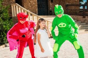 картинки по запросу герои в масках да детский день рождения